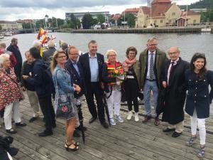 Från Thordénstiftelsens styrelse  vid invigningen:- Ulrika Holmqvist, Patric Westdahl, Lars-Arne Staxäng, marianne Thordén (gudmor), Ulla Dahlberg, Lars Bäckström, John Hägglund (tidigare i styrelsen) och Sara Wallin.